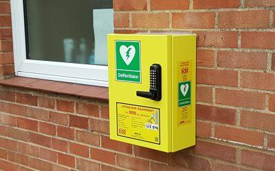Community public access defibrillator